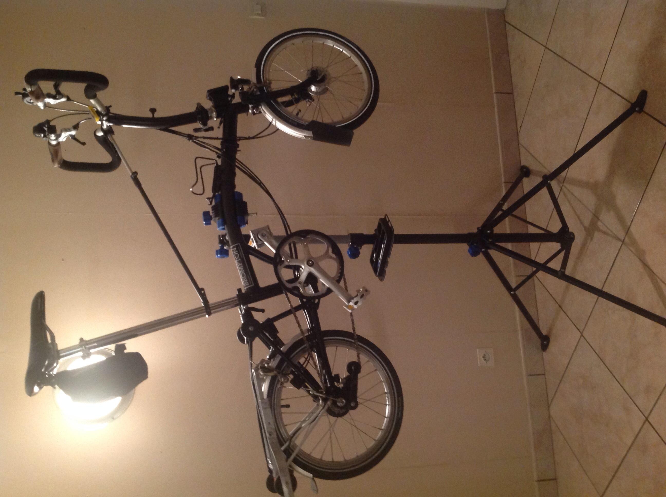 pied d'atelier pour vélo  Image-456fe67